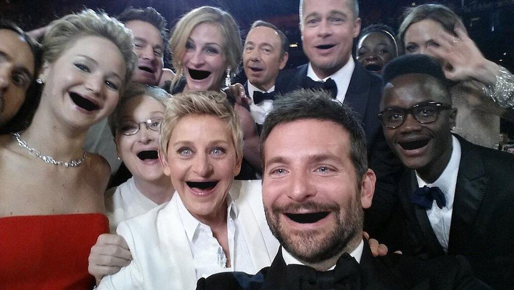Пародия на голливудскую улыбку