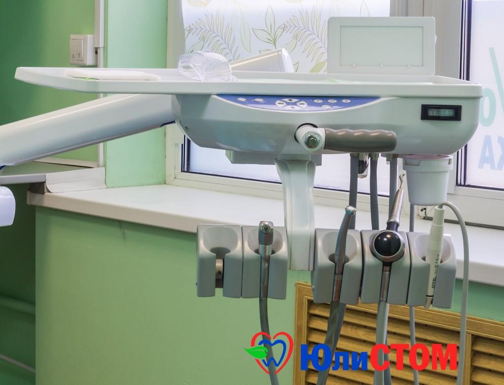 Современное стоматологическое кресло