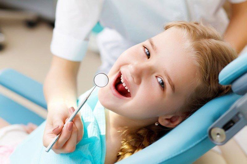 Лечение детских зубов (особенности)