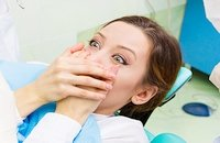 Агрессивное отбеливание зубов